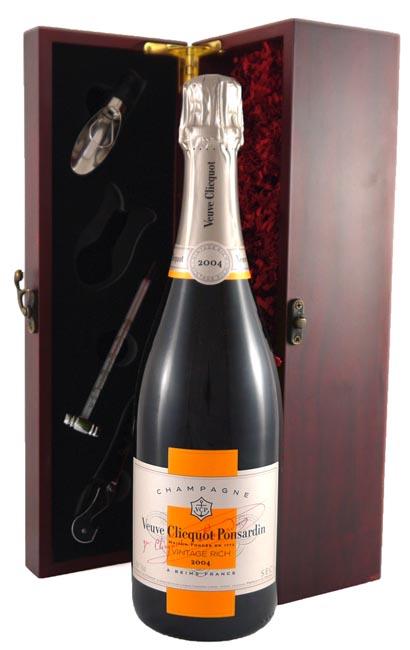2004 Veuve Clicquot Brut Champagne Rich Reserve 2004