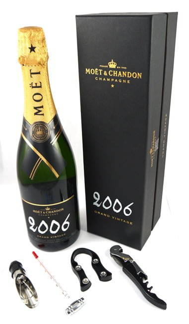 2006 Moet & Chandon Grand Brut Vintage Champagne 2006