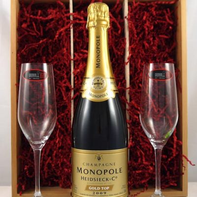 2009 Heidsieck & Co Monopole Gold Top Champagne 2009 with Two Riedel Crystal Champagne Flutes