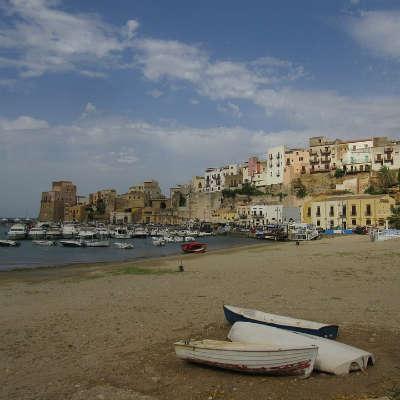 Wine from Faro, Sicily, Italy